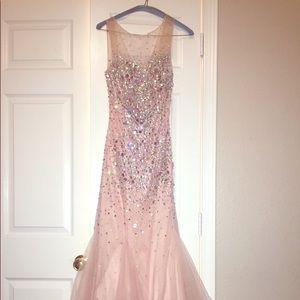 Alexander dress size 8